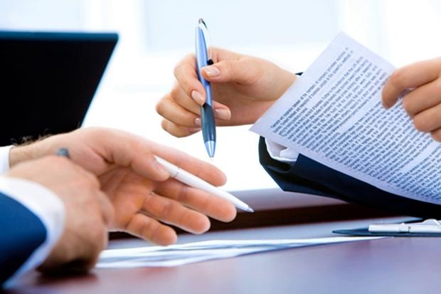 Направляем курьера к вам для пропечатки и подписи документов
