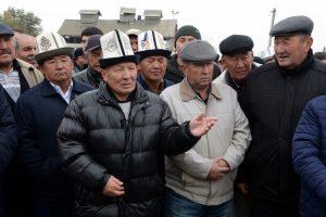 как устроить киргиза на работу в России